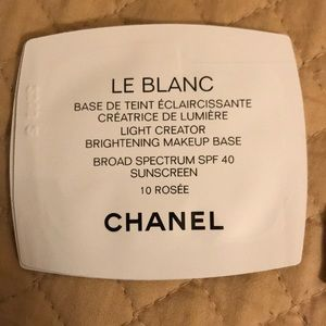 Chanel Le Blanc Brightening Makeup Base samples